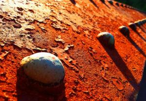 Rost-Effekt-Materiallack mit echter Oxidation